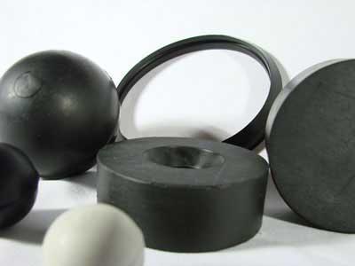 Fábrica y venta de esferas, tacos y retenes fabricados por colada en plástico, caucho, goma y poliuretano a medida por pedido